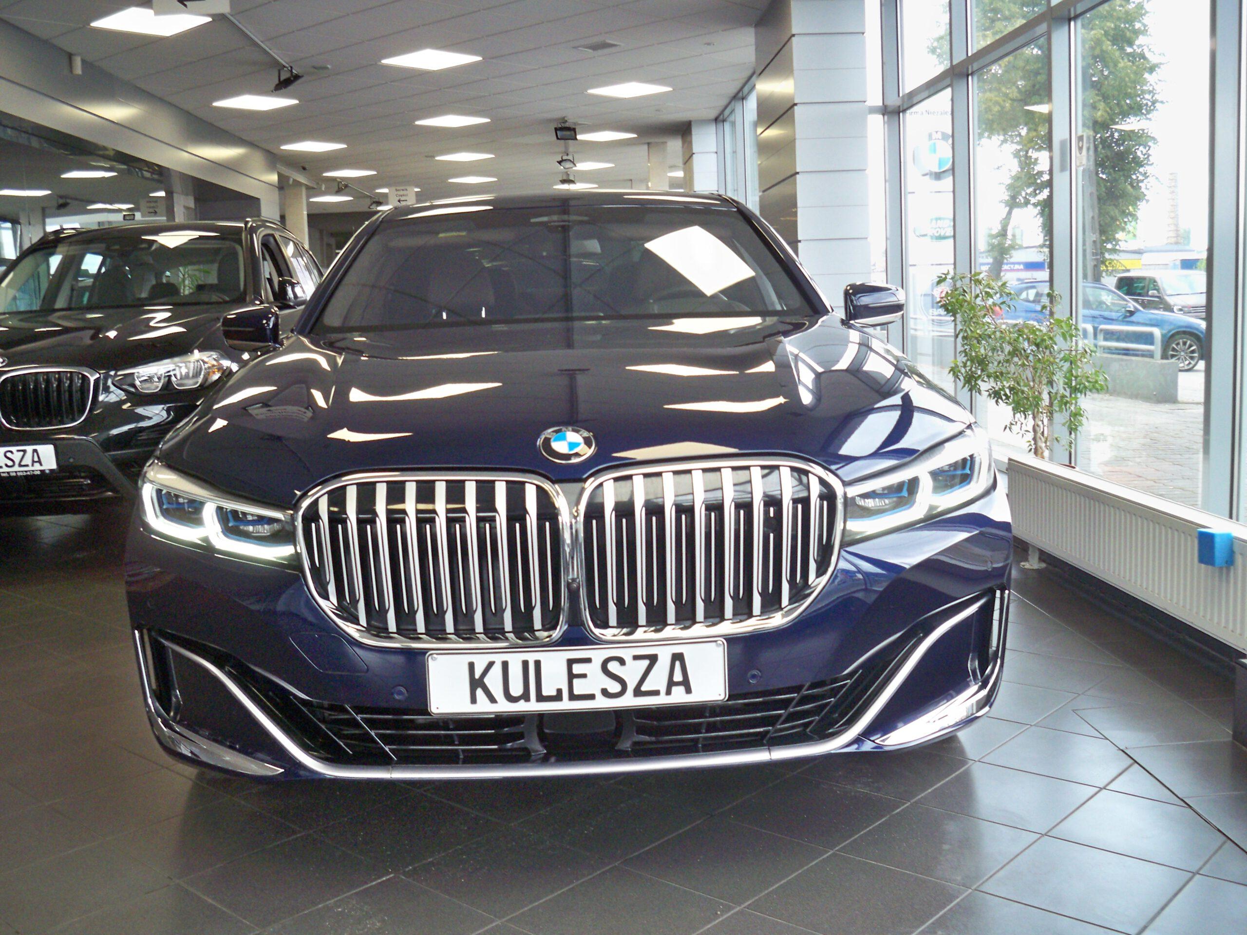 BMW 745Le xDrive G12